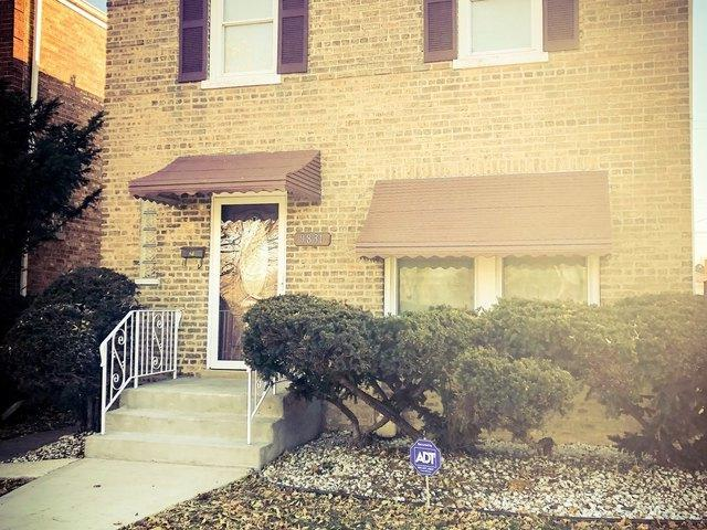 9831 S Prairie Avenue, Chicago, IL 60628 (MLS #10140459) :: T2K Properties