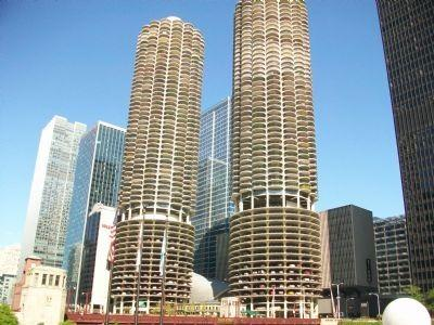 300 N State Street #2627, Chicago, IL 60654 (MLS #10140461) :: T2K Properties