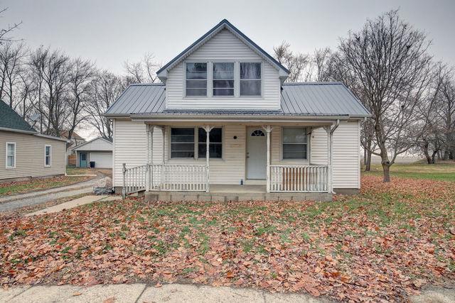 207 E Kyle Street, OGDEN, IL 61859 (MLS #10141729) :: Littlefield Group
