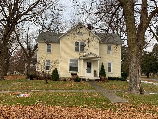 423 N Elm Street, Franklin Grove, IL 61031 (MLS #10142122) :: The Dena Furlow Team - Keller Williams Realty