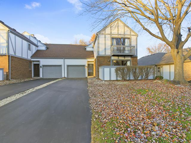 1310 Kingsridge Court A, Normal, IL 61761 (MLS #10142406) :: Berkshire Hathaway HomeServices Snyder Real Estate