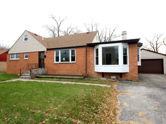 10129 W Palmer Avenue, Melrose Park, IL 60164 (MLS #10142566) :: The Spaniak Team