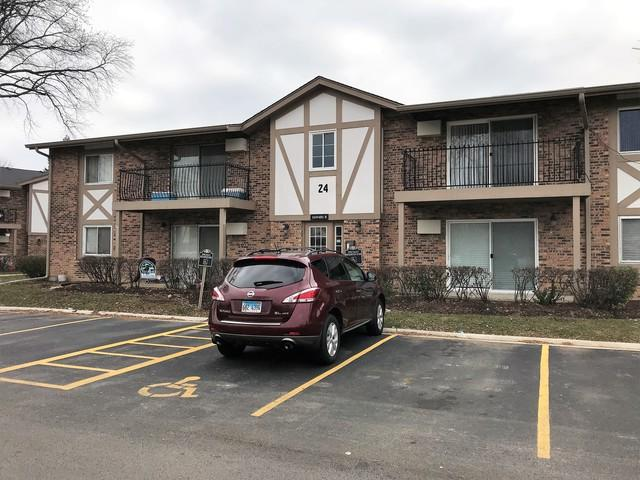 16W481 Lake Drive 24-106, Willowbrook, IL 60527 (MLS #10142895) :: Baz Realty Network | Keller Williams Preferred Realty