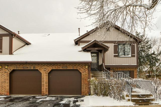 13327 S Oak Hills Parkway Villa2, Palos Heights, IL 60463 (MLS #10145161) :: Leigh Marcus | @properties