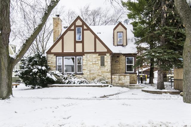 9118 Grant Avenue, Brookfield, IL 60513 (MLS #10145243) :: Leigh Marcus | @properties