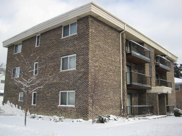8936 31st Street, Brookfield, IL 60513 (MLS #10145544) :: Leigh Marcus | @properties