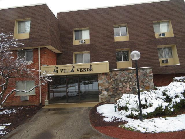 3 Villa Verde Drive 3-116, Buffalo Grove, IL 60089 (MLS #10145586) :: Baz Realty Network | Keller Williams Preferred Realty