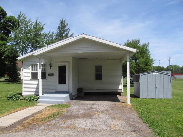 1511 Gilman Avenue, Mendota, IL 61342 (MLS #10145931) :: The Mattz Mega Group