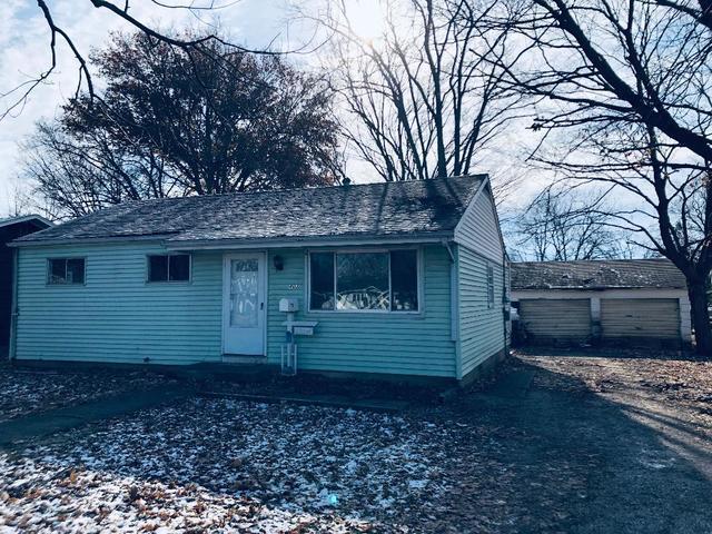 403 Wilson Avenue, VILLA GROVE, IL 61956 (MLS #10146306) :: Ryan Dallas Real Estate