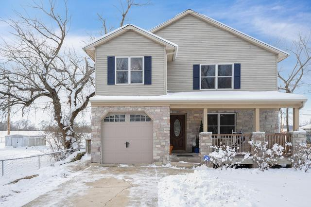 5701 Wonder Woods Drive, Wonder Lake, IL 60097 (MLS #10146641) :: Baz Realty Network | Keller Williams Preferred Realty