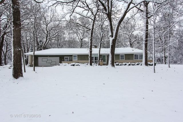 6 Bruce Circle S, Hawthorn Woods, IL 60047 (MLS #10146706) :: Helen Oliveri Real Estate