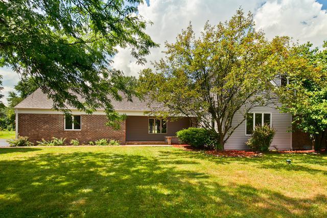 25644 N Arrowhead Drive, Long Grove, IL 60060 (MLS #10147088) :: Helen Oliveri Real Estate