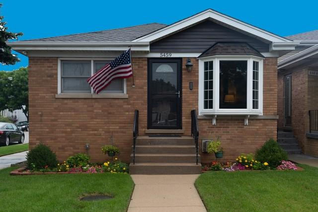 5459 N Mobile Avenue, Chicago, IL 60630 (MLS #10147705) :: Leigh Marcus | @properties