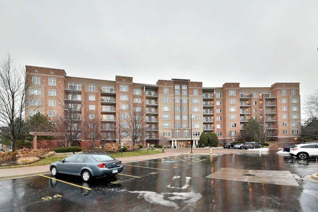 1 N Beacon Place #608, La Grange, IL 60525 (MLS #10147809) :: The Wexler Group at Keller Williams Preferred Realty