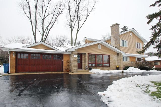 606 Country Club Drive, Itasca, IL 60143 (MLS #10148261) :: Baz Realty Network   Keller Williams Preferred Realty