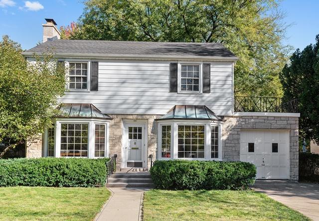 122 Sterling Lane, Wilmette, IL 60091 (MLS #10148729) :: Helen Oliveri Real Estate
