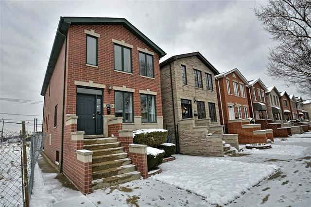 3852 S Emerald Avenue, Chicago, IL 60609 (MLS #10148752) :: Leigh Marcus | @properties