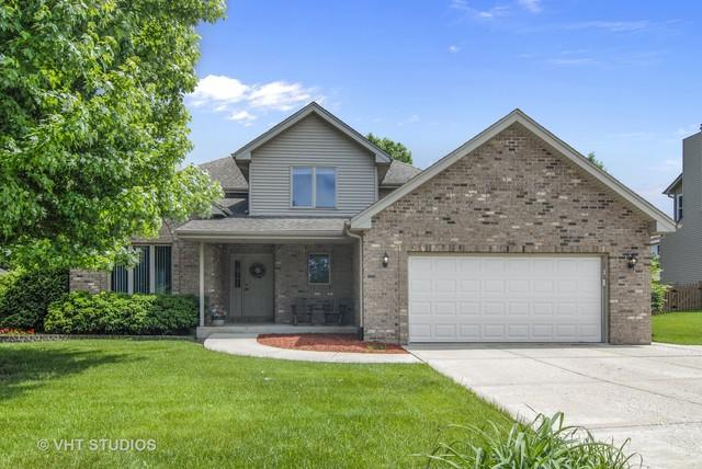 906 Fawn Ridge Court, Yorkville, IL 60560 (MLS #10148952) :: Baz Realty Network | Keller Williams Preferred Realty