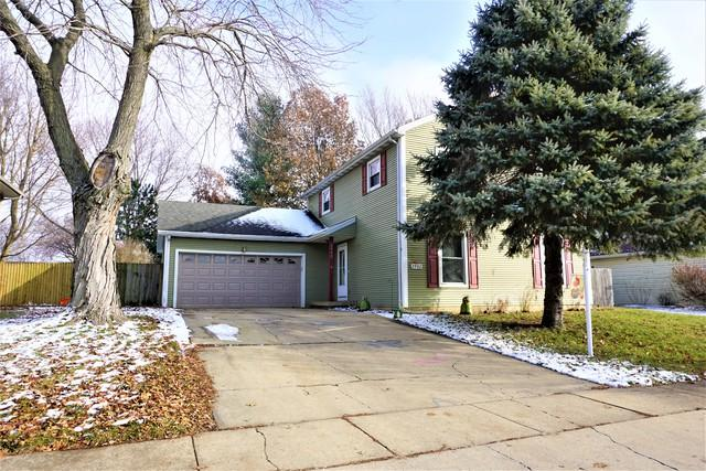 2902 S Myra Ridge Drive, Urbana, IL 61802 (MLS #10149213) :: Baz Realty Network | Keller Williams Preferred Realty