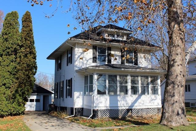 202 W South Street, Morrison, IL 61270 (MLS #10149270) :: Baz Realty Network | Keller Williams Preferred Realty