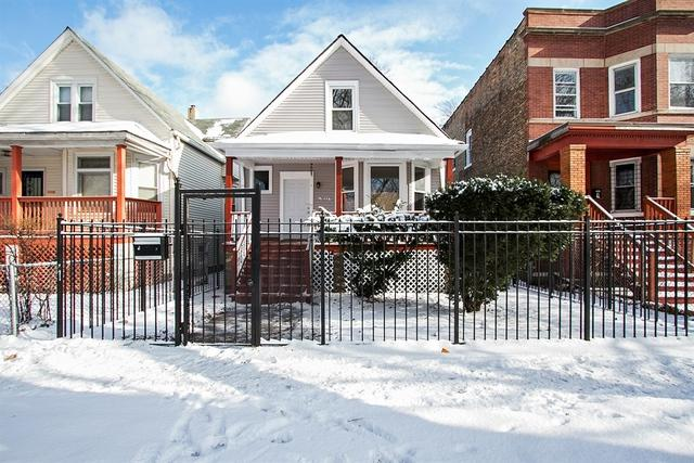 7823 S Marquette Avenue, Chicago, IL 60649 (MLS #10149489) :: Leigh Marcus | @properties