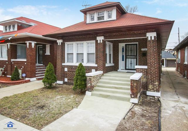 7710 S Yates Boulevard, Chicago, IL 60649 (MLS #10149556) :: Leigh Marcus | @properties