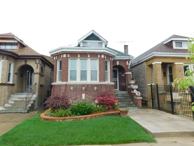 5525 S Albany Avenue, Chicago, IL 60629 (MLS #10149846) :: Leigh Marcus | @properties