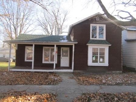 411 E Main Street, Amboy, IL 61310 (MLS #10150221) :: Leigh Marcus | @properties
