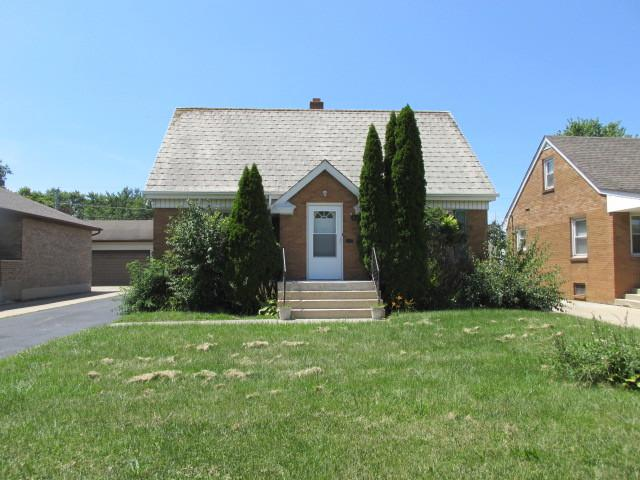 1821 Nicholson Street, Crest Hill, IL 60403 (MLS #10150324) :: Century 21 Affiliated