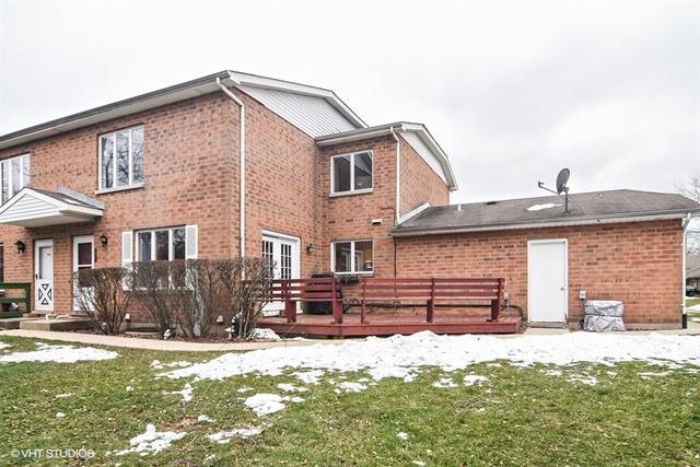 112 Mohawk Trail D, Lake Zurich, IL 60047 (MLS #10150564) :: Helen Oliveri Real Estate
