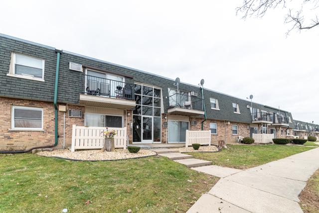 8423 W 99TH Terrace #215, Palos Hills, IL 60465 (MLS #10150658) :: The Wexler Group at Keller Williams Preferred Realty