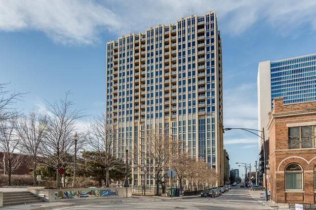 700 N Larrabee Street #807, Chicago, IL 60654 (MLS #10150950) :: Property Consultants Realty