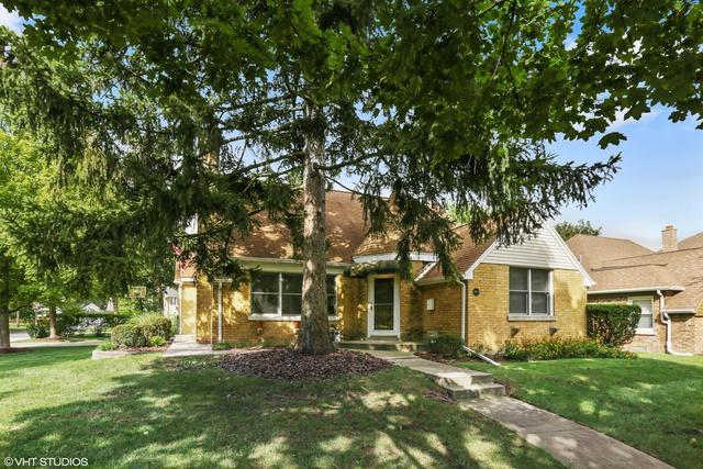 6900 N Knox Avenue, Lincolnwood, IL 60712 (MLS #10151057) :: Leigh Marcus | @properties
