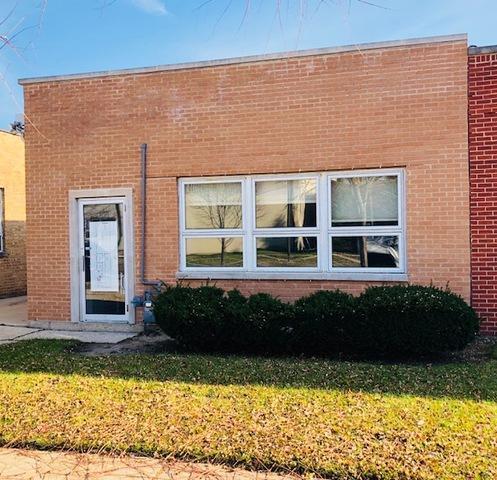 8131 Ridgeway Avenue, Skokie, IL 60076 (MLS #10151287) :: Leigh Marcus | @properties