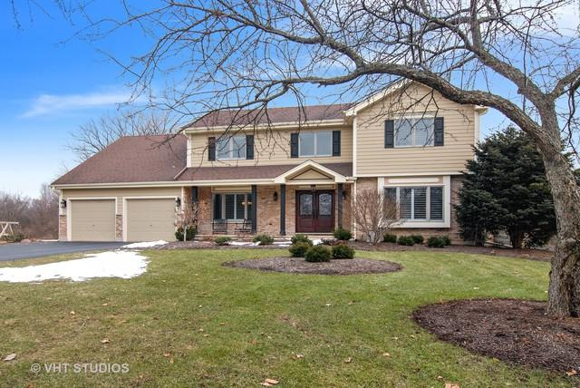 5N785 Castle Drive, St. Charles, IL 60175 (MLS #10151439) :: The Wexler Group at Keller Williams Preferred Realty