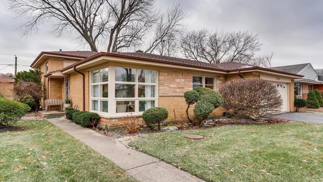 1229 Castle Drive, Park Ridge, IL 60068 (MLS #10151552) :: Leigh Marcus | @properties