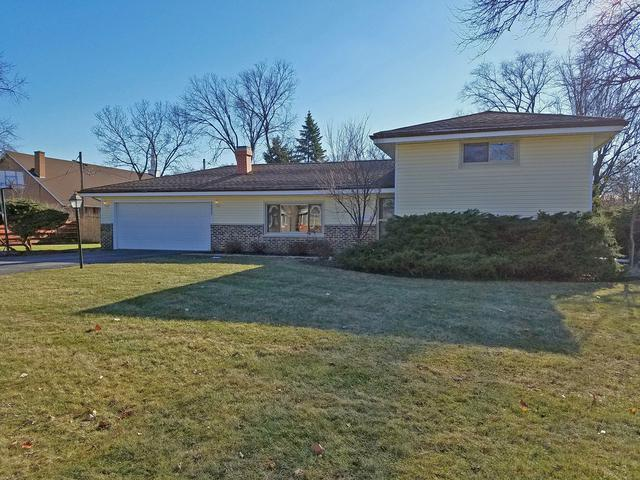3333 Bellwood Lane, Glenview, IL 60026 (MLS #10151653) :: The Spaniak Team