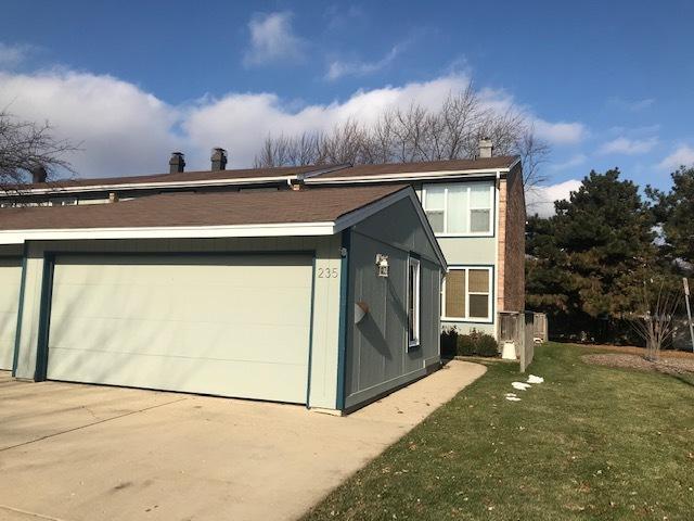 235 Oakwood Lane #235, Bloomingdale, IL 60108 (MLS #10151937) :: The Wexler Group at Keller Williams Preferred Realty