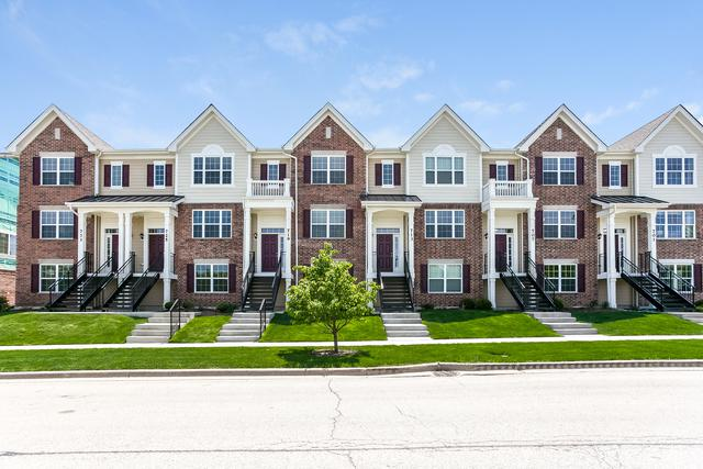 661 Hickory Street, Mundelein, IL 60060 (MLS #10151968) :: Helen Oliveri Real Estate