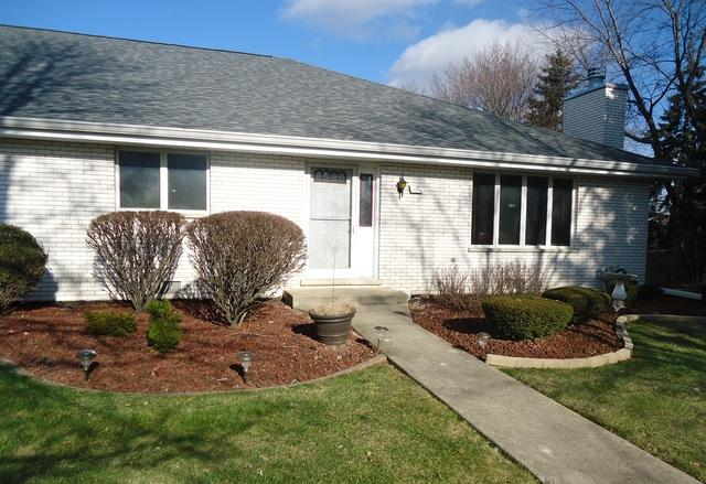 7206 W 152nd Place #22, Orland Park, IL 60462 (MLS #10151988) :: Baz Realty Network | Keller Williams Preferred Realty