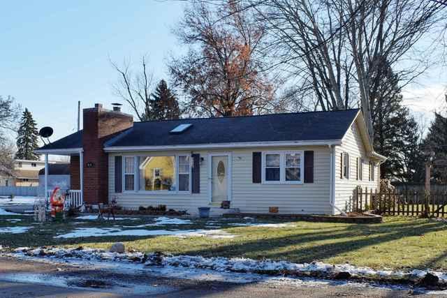 3404 Winter Drive, Rock Falls, IL 61071 (MLS #10152146) :: Leigh Marcus | @properties