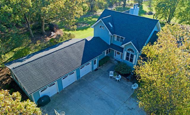 7611 Somerset Drive, Marengo, IL 60152 (MLS #10152451) :: Ryan Dallas Real Estate