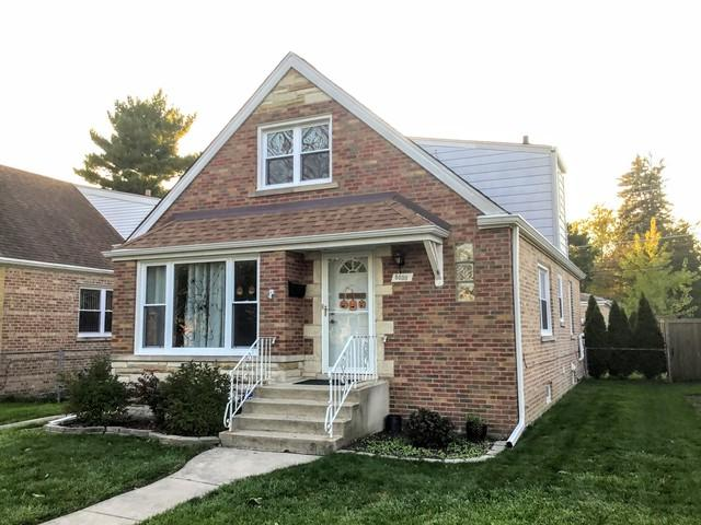 8030 N Ozanam Avenue, Niles, IL 60714 (MLS #10152544) :: Helen Oliveri Real Estate