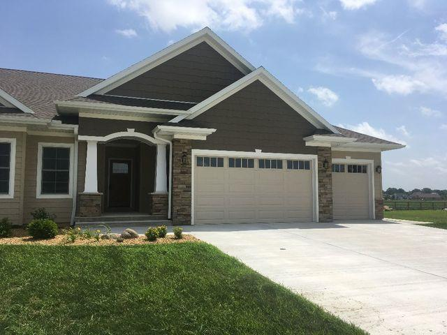 1835 Cedar Lane, Peru, IL 61354 (MLS #10152722) :: The Dena Furlow Team - Keller Williams Realty