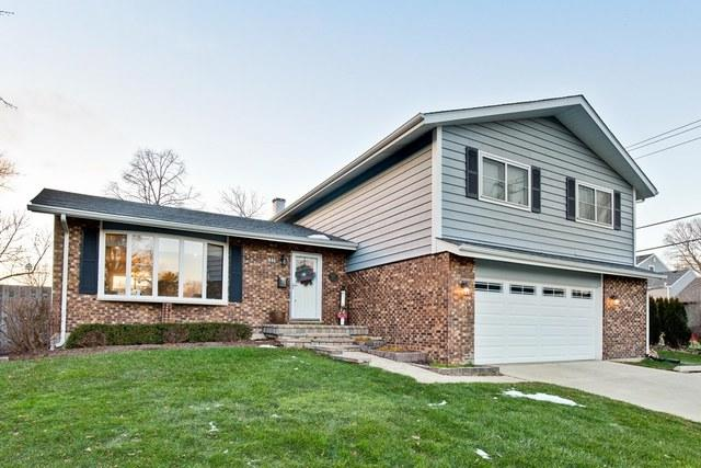 635 Ardmore Terrace, Libertyville, IL 60048 (MLS #10152943) :: Helen Oliveri Real Estate