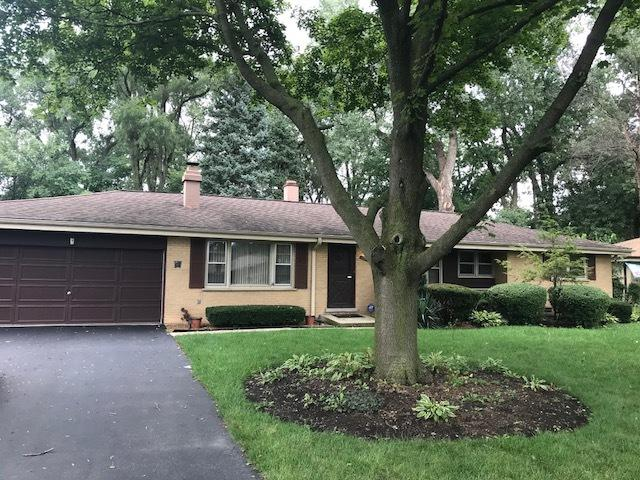 5 Patricia Lane, Prospect Heights, IL 60070 (MLS #10152997) :: The Spaniak Team