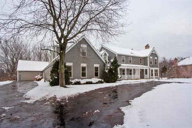 20324 W Buckthorn Court, Mundelein, IL 60060 (MLS #10153172) :: Helen Oliveri Real Estate