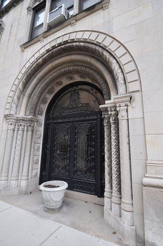 1755 E 55th Street #1201, Chicago, IL 60615 (MLS #10153800) :: The Mattz Mega Group