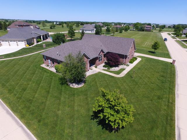 2702 E Plantation, Urbana, IL 61802 (MLS #10153956) :: Ryan Dallas Real Estate