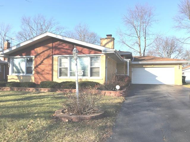 1506 Carson Drive, Homewood, IL 60430 (MLS #10154036) :: The Spaniak Team